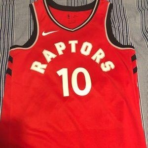 NWOT Toronto Raptors #10 DeMar DeRozan Jersey
